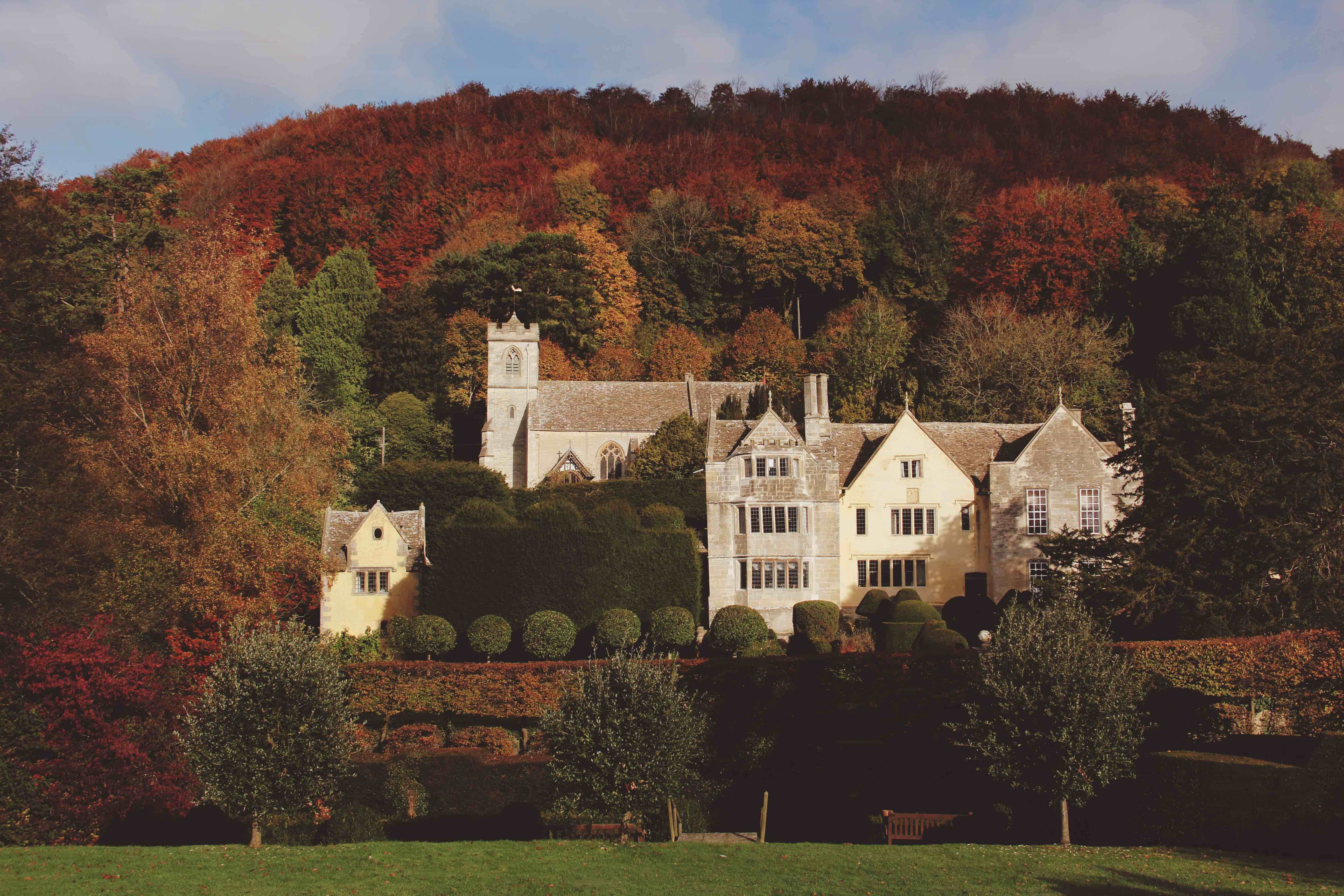 Manor House Amp Gardens Owlpen Manor Tudor Manor House And Cotswold Holiday Cottages