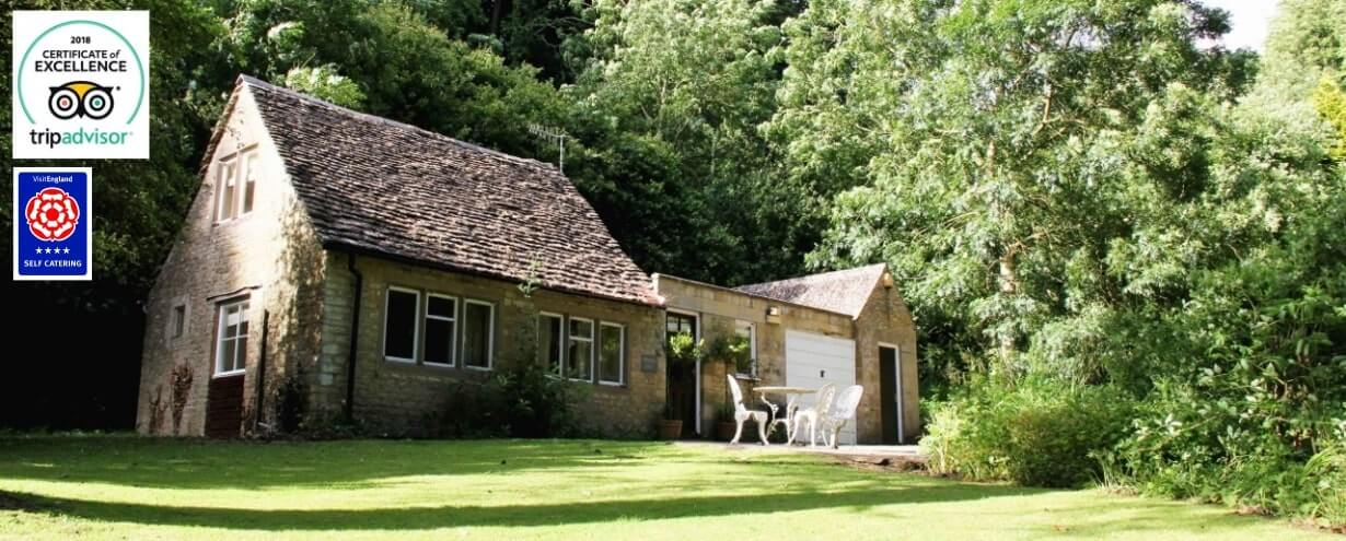 Cottages Slider - peters nest exterior 1 | Owlpen Manor Cotswold Cottages | Self-catering Holiday Cottages in the Cotswold